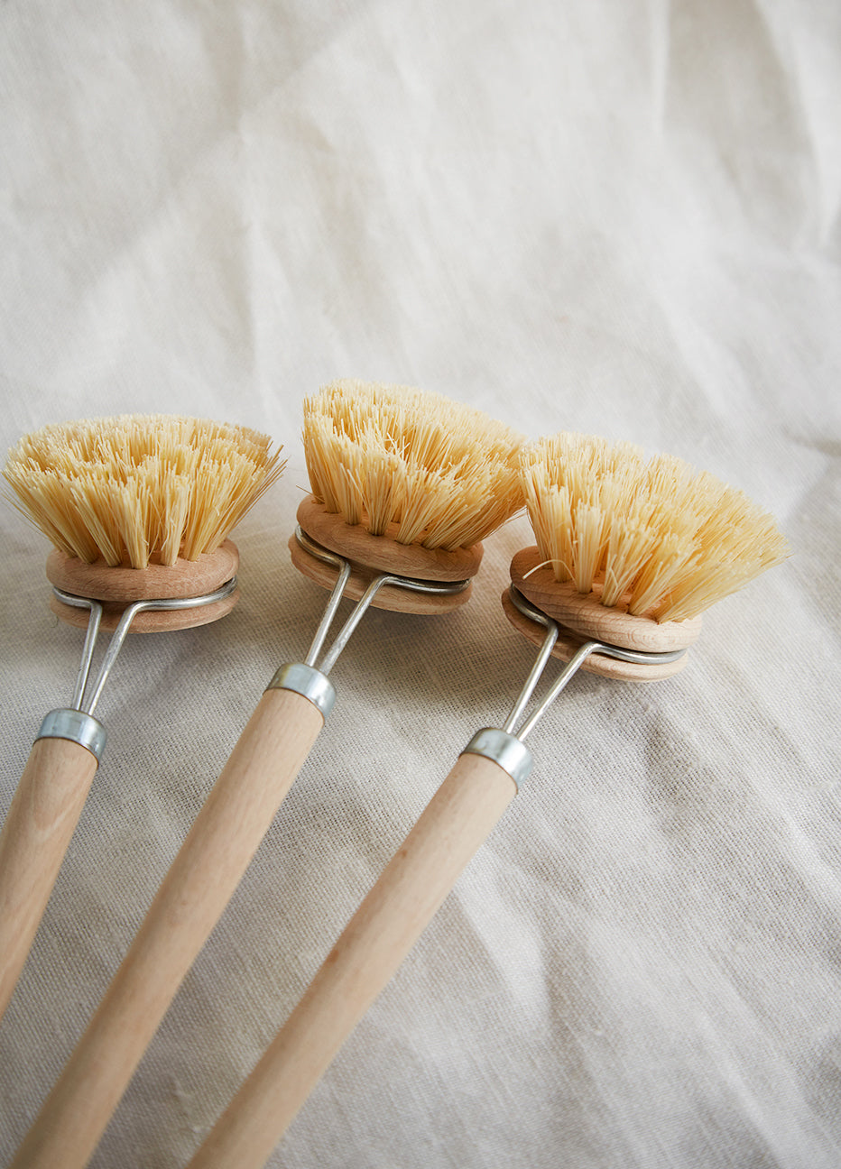 Heaven in Earth Fiber Dish Brush