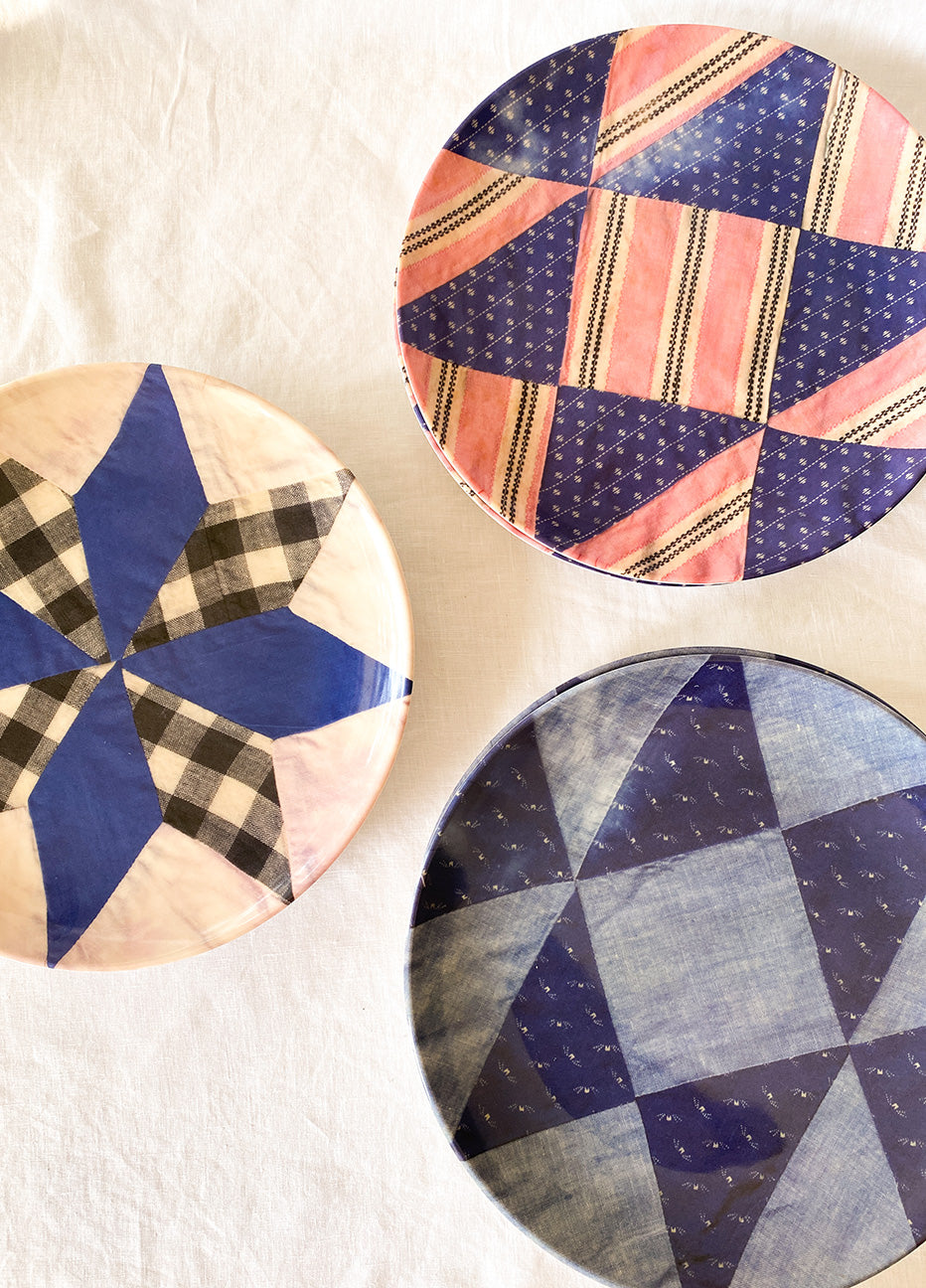"Quilt Pattern 10"" Plates Blues"