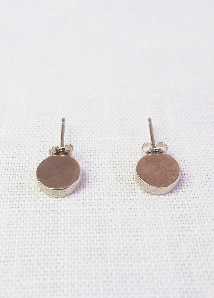 Mikinora Verticle Circle Studs