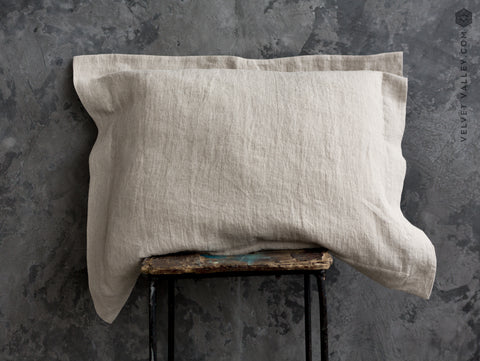 Stonewashed unbleached linen Oxford pillow - Velvet Valley