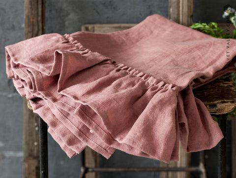 Linen wood rose ruffled towel - Velvet Valley