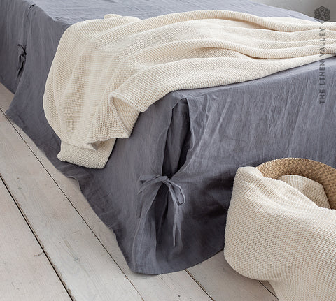 Linen box pleated bed valance
