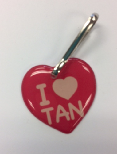 I (Heart) TAN Zipper Pull