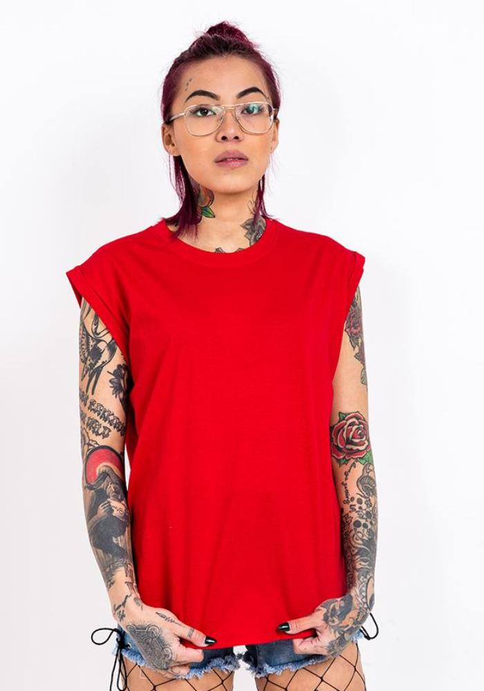 Bandidas moto tank with folder cuffs in red