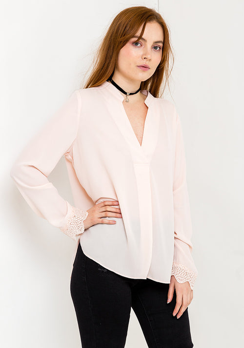 Long sleeve v-neck blouse in baby pink