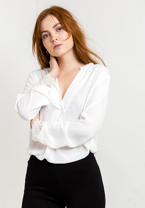 Long sleeve v-neck blouse in white