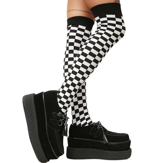 Checkered knee socks in black
