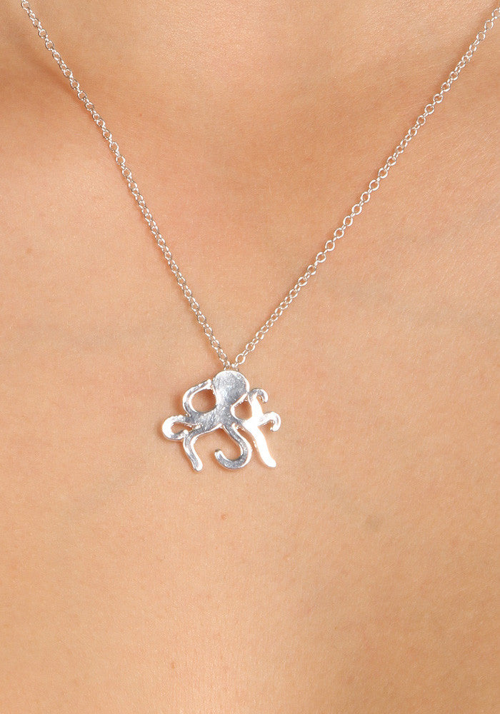 Octo - Silver plated necklace