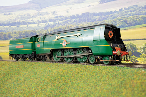 Golden Age Models 7mm Finescale O Gauge SR Lined Green Merchant Navy 4-6-2 '21C1' 'Channel Packet' DCC Sound and Smoke!