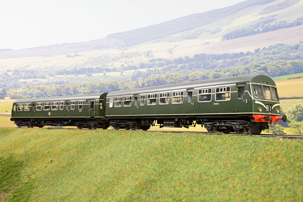 Sancheng Finescale O Gauge BR Green Class 101 2-Car DMU (with Speed Whiskers)