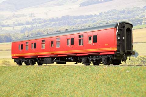 Heljan Finescale O Gauge 4956 BR Mk1 57' BG (Full Brake), Royal Mail Red
