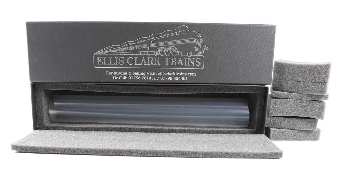 Ellis Clark Trains O Gauge Loco Box, Medium (400mm)