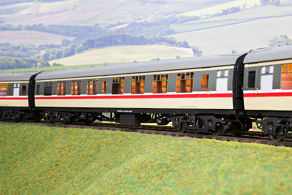 Darstaed D21-6-02 Finescale O Gauge BR Mk1 SK (Second Corridor), Intercity