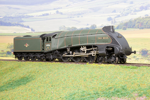 7mm Finescale O Gauge Kit Built BR Lined Green A4 Class 4-6-2 '60026' 'Miles Beevor' DCC Sound!