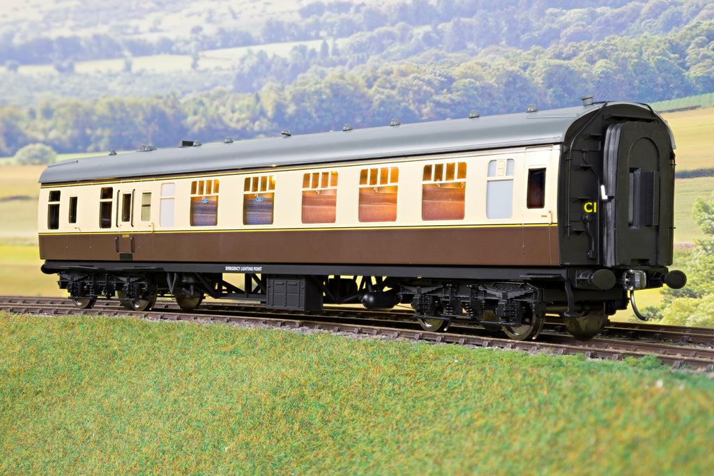 Darstaed 7mm Finescale O Gauge Mk1 BCK (Brake Composite Class) Choc & Cream, Newly Tooled Bogies & Wheels