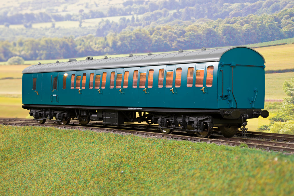 Darstaed D23-1-4 7mm Finescale O Gauge BR 57' Mk1 Suburban Brake Second (BS) Coach, BR Blue