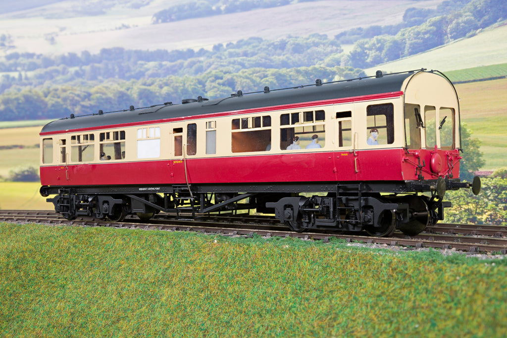 7mm Kit Built LMS/BR Blood & Custard Engineers Saloon