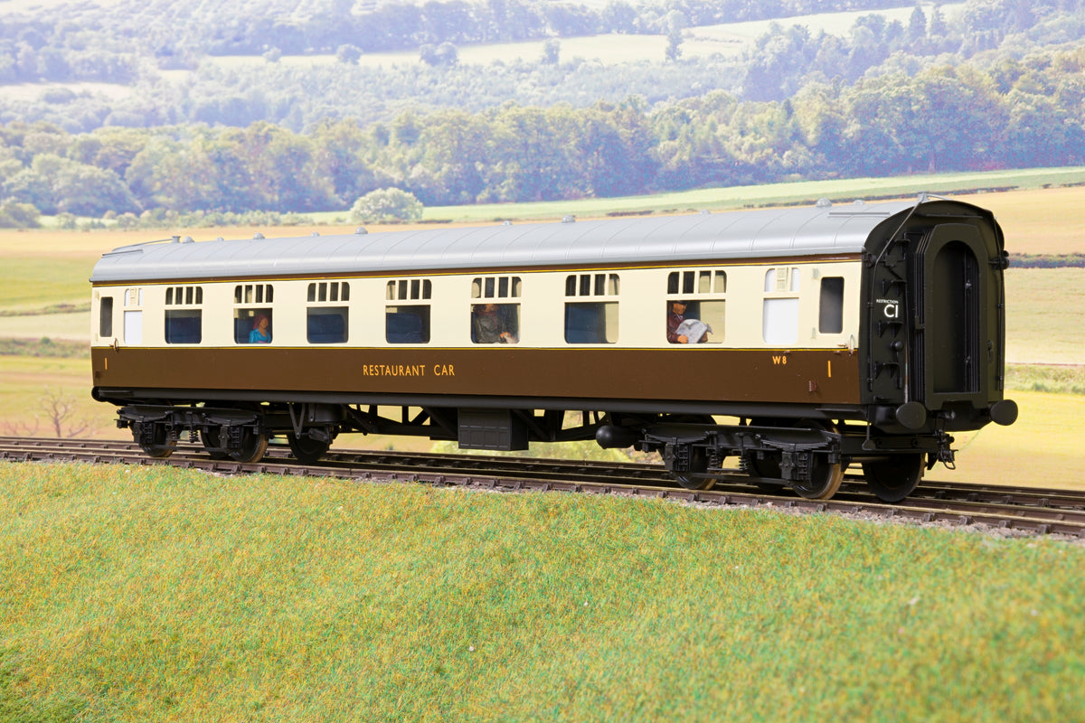 Tower Models/Sancheng BR Choc & Cream Mk1 RFO 'W8' with Passengers