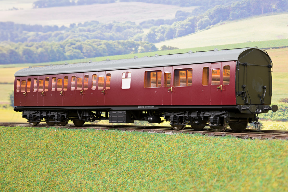 Darstaed D23-3-2 7mm Finescale O Gauge BR 57' Mk1 Suburban Composite with Lavatory (CL) Coach, BR Un-Lined Maroon