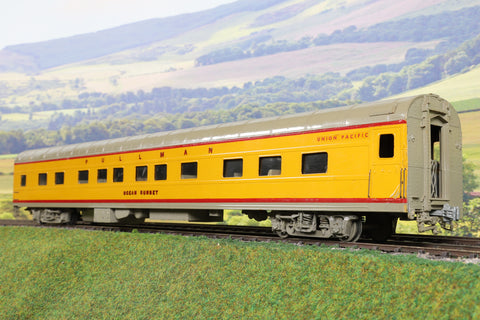 O Gauge Kit Built UP Yellow Pullman Passenger Coach 'Ocean Sunset'