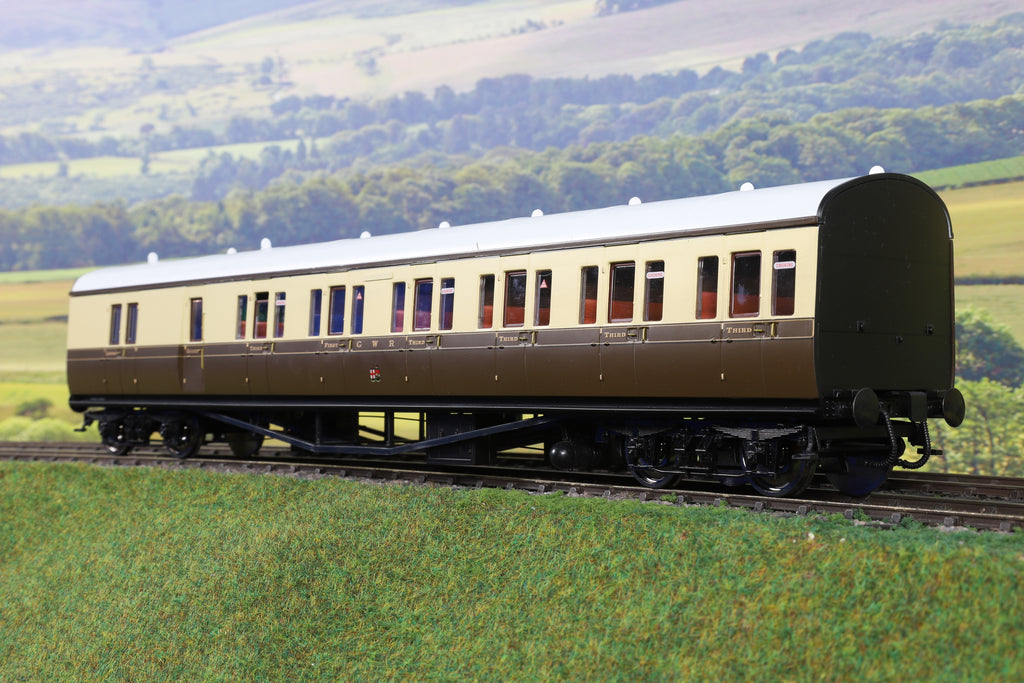 Lionheart 7mm Finescale O Gauge LHT-633 GWR Chocolate and Cream BT Coach