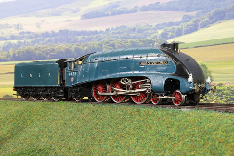 7mm Finescale O Gauge Scratch Built LNER Blue A4 4-6-2 '4488' 'Union of South Africa'