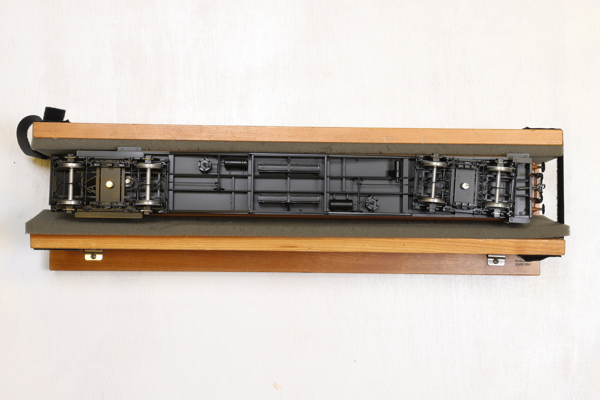 Golden Age Models 7mm Finescale O Gauge Rake of Five LNER Gresley Teak Coaches