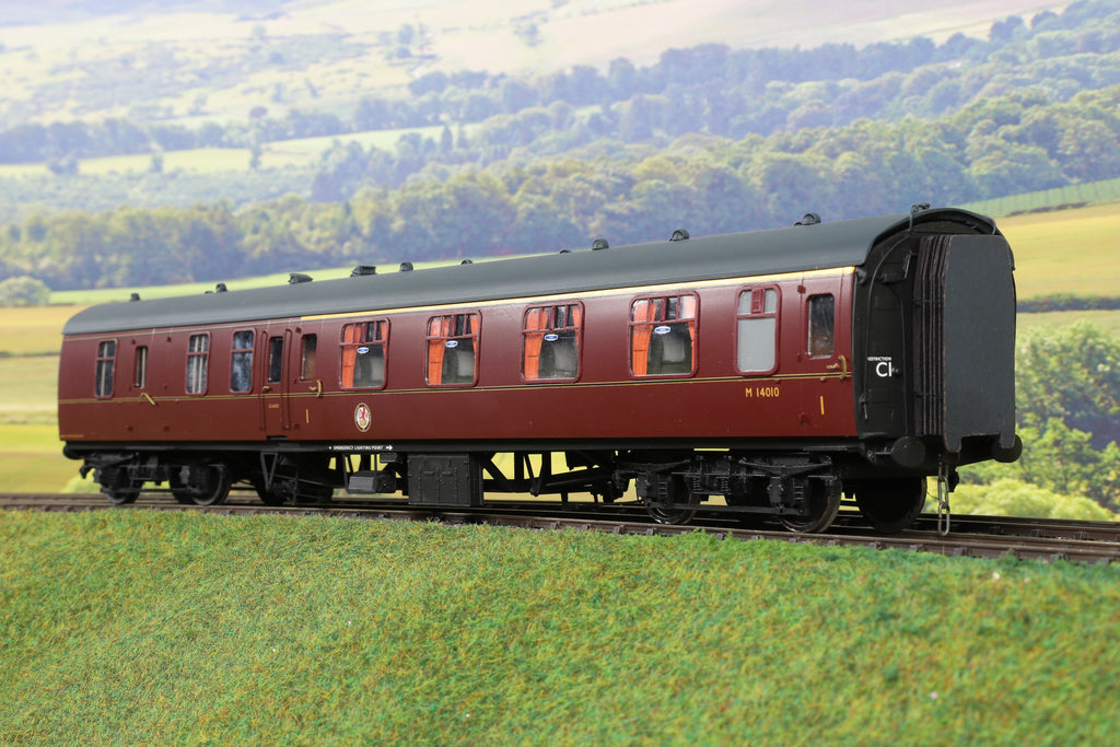 7mm Finescale O Gauge Kit Built BR Maroon MK1 BFK Coach 'M14010'