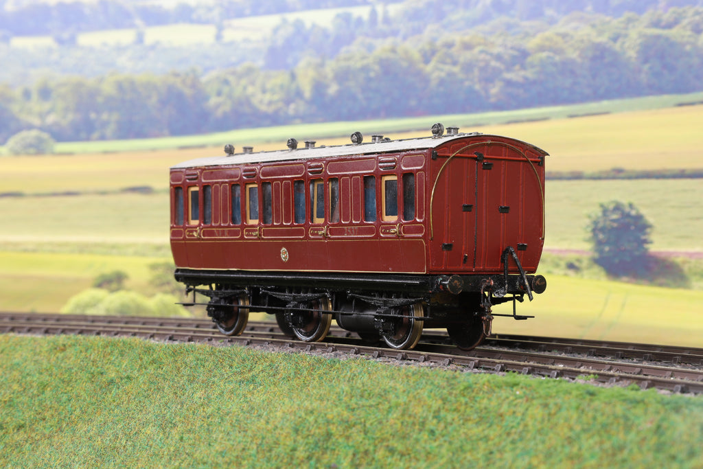 7mm Finescale O Gauge Kit/Scratch Built NER Lined Maroon Six Wheel First Class Passenger Coach '2537'
