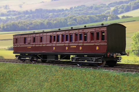 7mm Finescale O Gauge Kit Built LMS Lined Maroon BT Suburban Coach '22886'