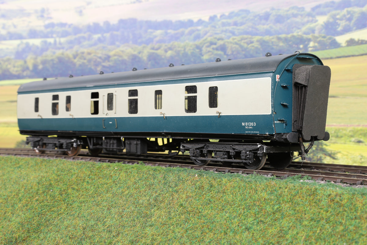 Lawrence Scale Models 7mm Finescale BR Blue and Grey MK1 BG Coach 'M81263'