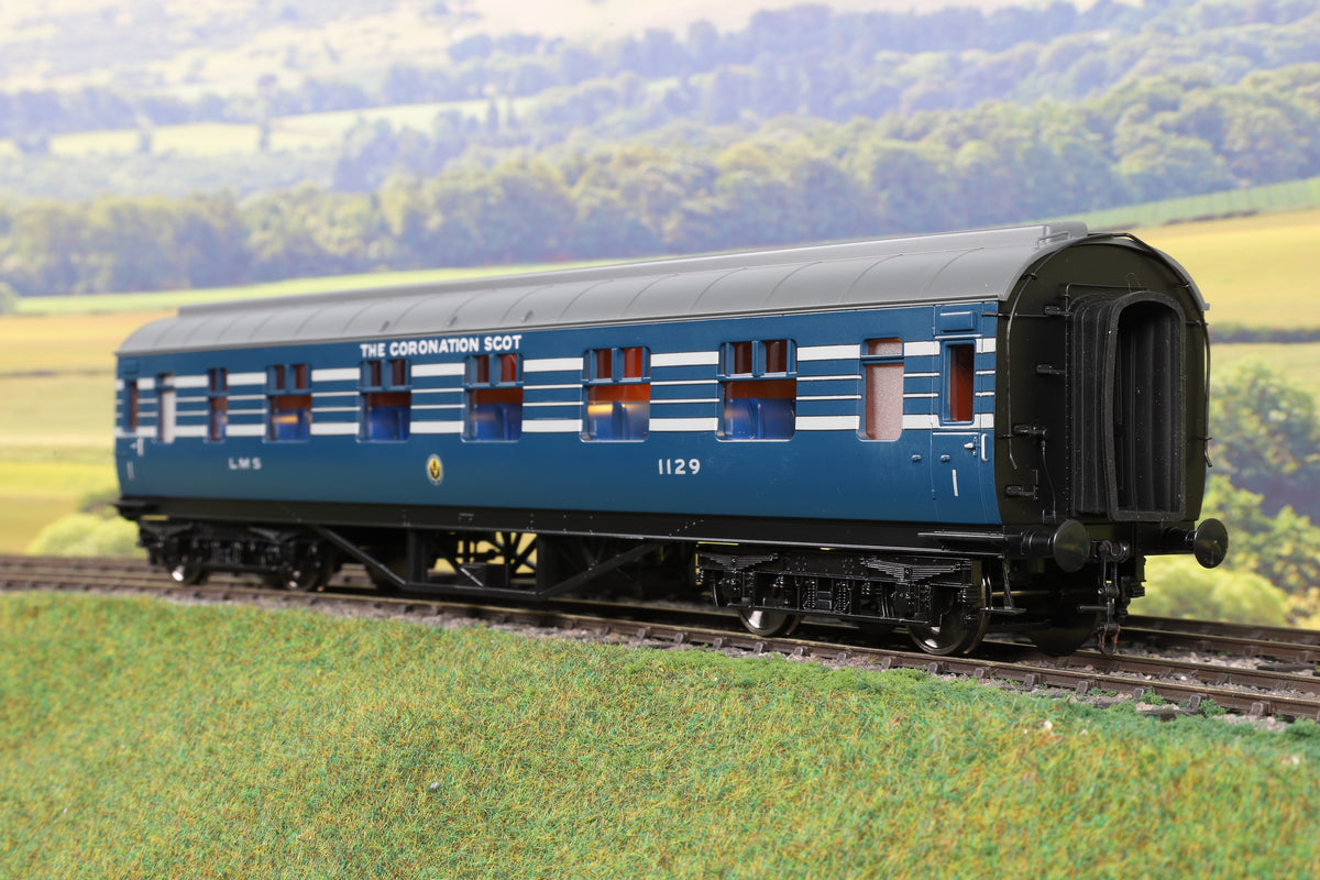 MTH 7mm Finescale O Gauge Rake of Six LMS Lined Blue Coronation Scot Coaches