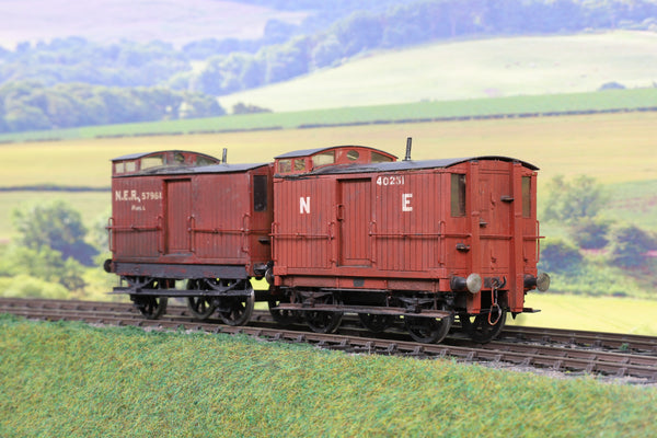 7mm Finescale O Gauge Kit Built NER Brake Wagons with Viewing Cabs '40231' and '57961'