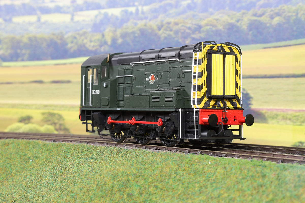 Dapol 7mm Finescale O Gauge 7D-008-003D BR Green Class 08 Shunter 'D3219', DCC Sound