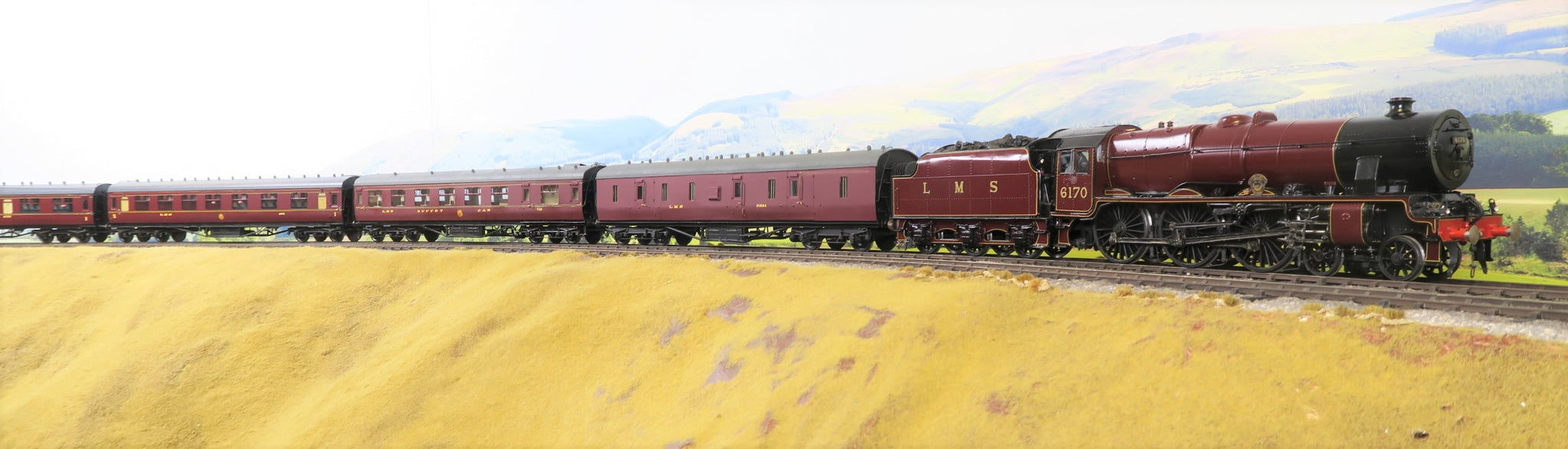 7mm Finescale O Gauge Kit Built LMS Lined Maroon Royal Scot Class 4-6-0 '6170' 'British Legion'