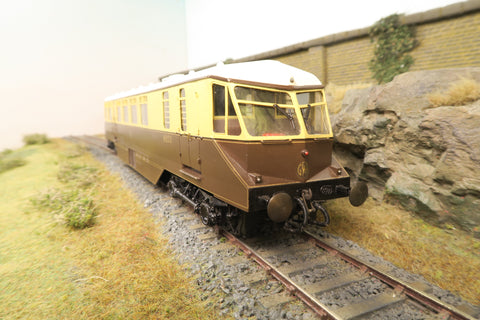 7mm Finescale O Gauge GWR Passenger Railcar 'No.22'