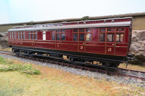 7mm Finescale O Gauge Kit Built Pair of Midland Lined Crimson Clerestory Coaches