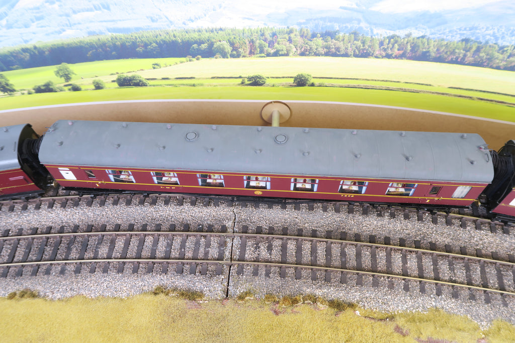7mm Finescale O Gauge Kit Built LMS Lined Maroon First Class Dining Car '7568'