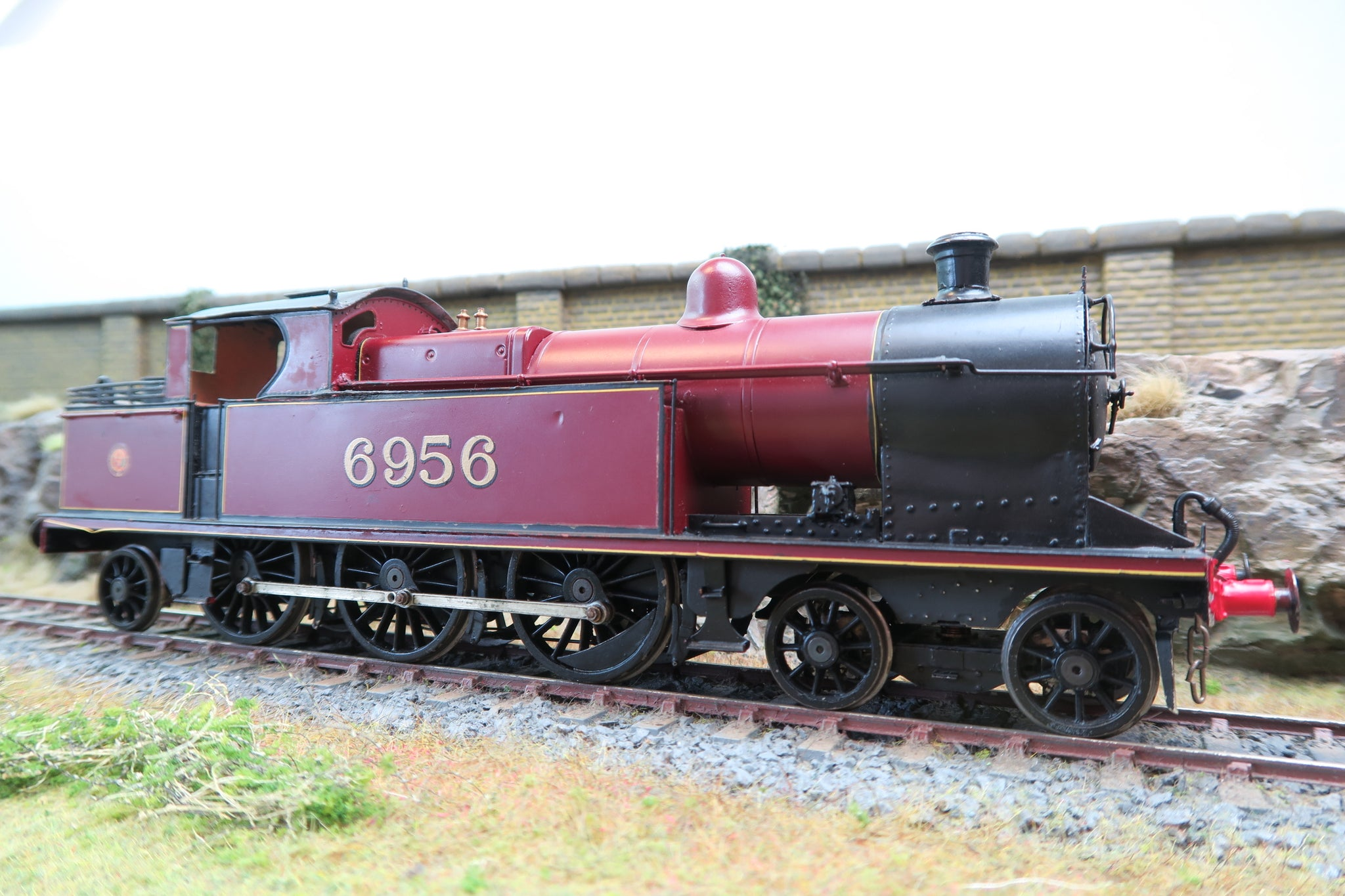 7mm Finescale O Gauge Kit Built LMS Maroon 4-6-2T '6956'