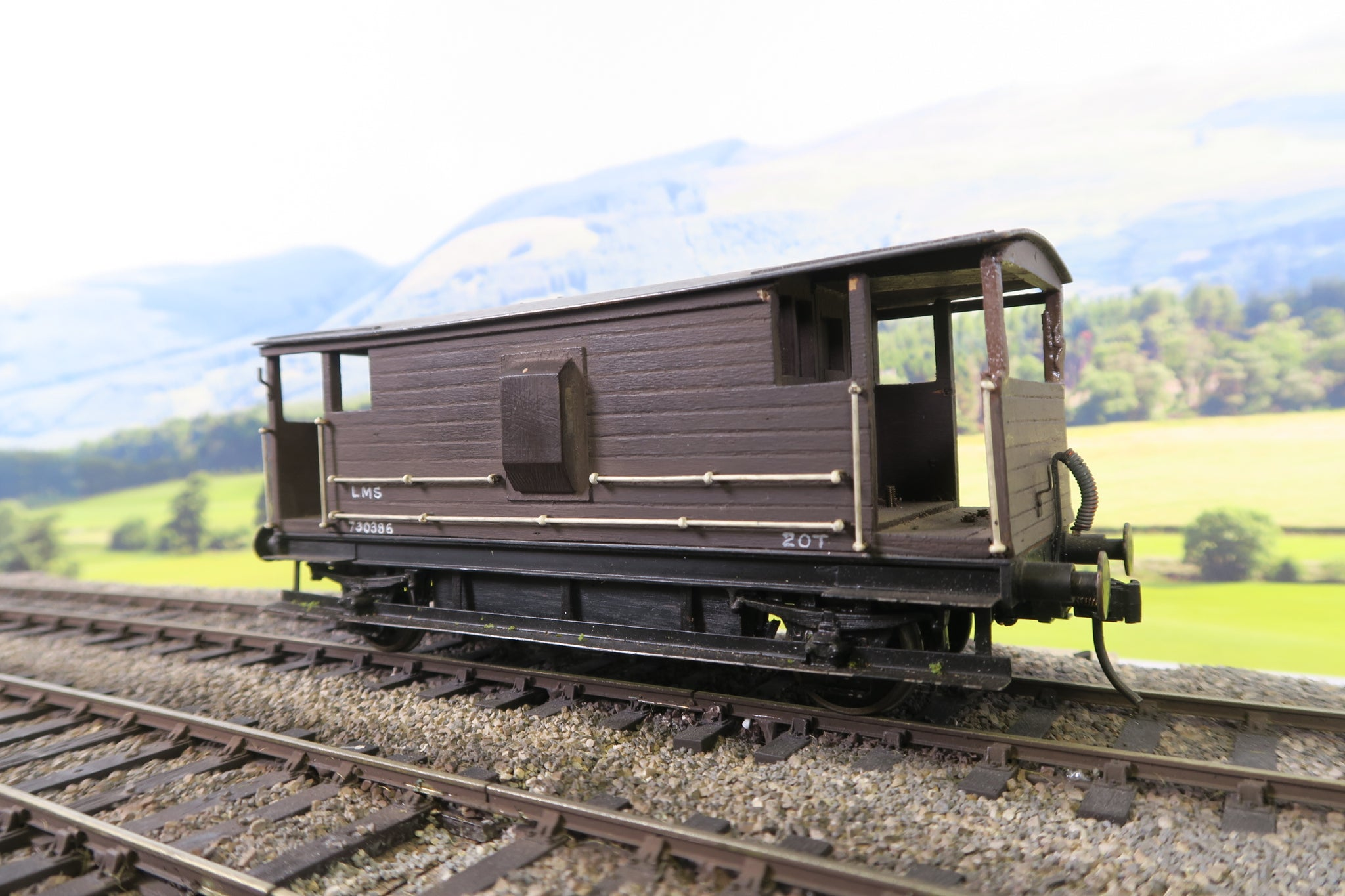 7mm Finescale O Gauge Kit Built LMS 20T Brake Van '730386'