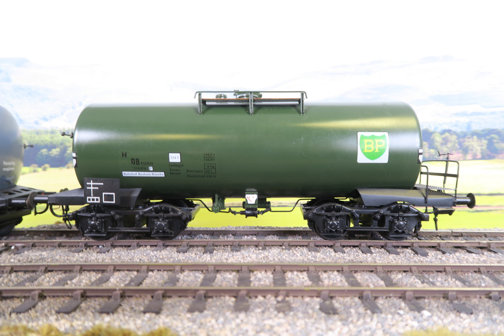 Hubner (or Similar) O Gauge Pair of DB Bogie Tankers 'Eva' and 'BP'