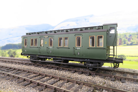 O Gauge Kit Built DR Green Six Wheel Third Class Passenger Coach '56932'