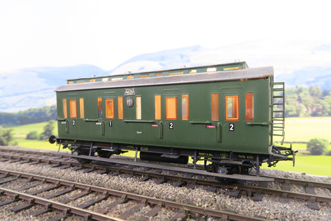 Sauer (or Similar) O Gauge DR Green Clerestory Composite Coach '22143'