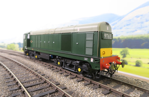Heljan 7mm Finescale O Gauge 2010 BR Green with Small Yellow Panels '2010'