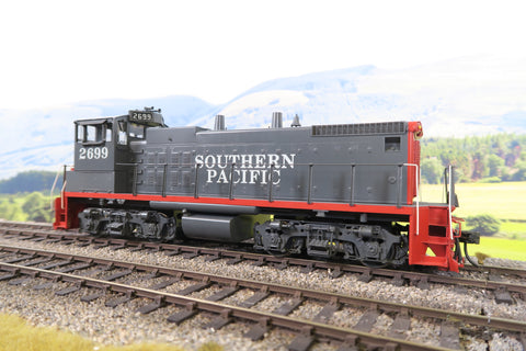 Overland Models O Gauge Southern Pacific EMD MP15DC Diesel Locomotive '2699'