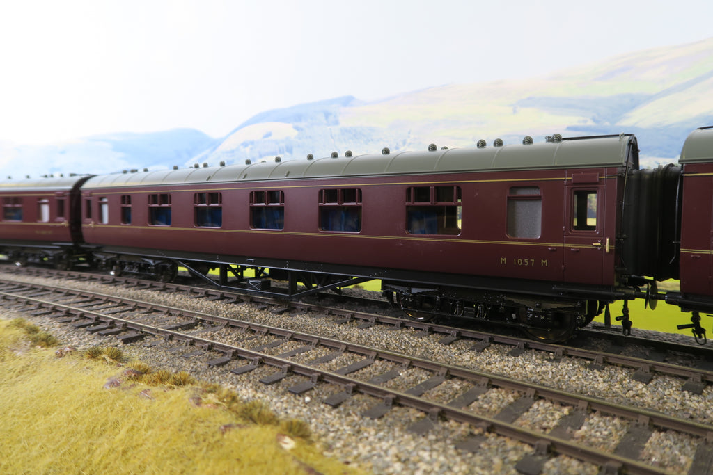 MTH 7mm Finescale O Gauge 22-60054 BR Lined Maroon Standard Corridor First 'M1057M'