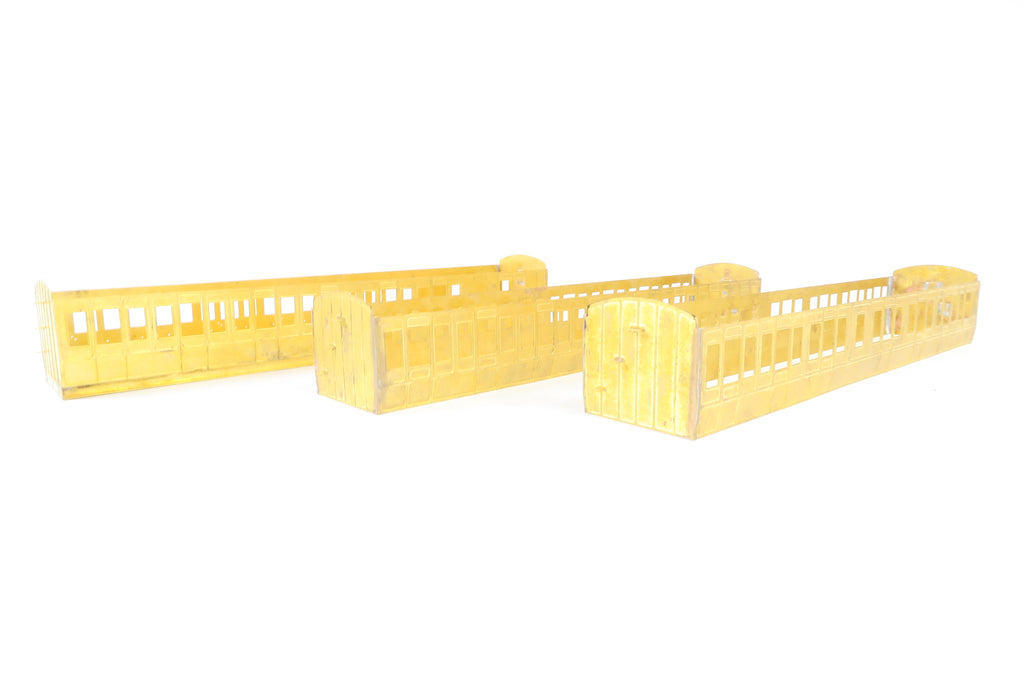 Roxey Mouldings 7mm Finescale O Gauge Rake of 3 LNWR Coach Kits