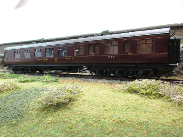 7mm Finescale O Gauge Kit Built 12-Wheel LMS Lined Maroon Dining Car '250'