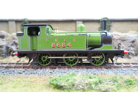 DJH 7mm Finescale O Gauge Kit Built LNER Lined Apple Green J72 0-6-0T '8684'