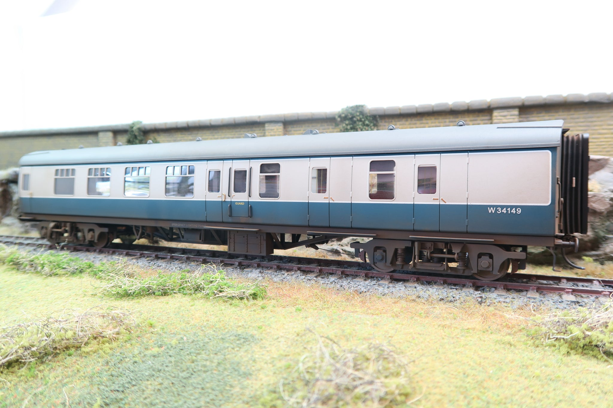 Darstaed 7mm O Gauge Finescale Blue & Grey BR Mk1 BSK (Brake Second Class), Professionally Numbered & Weathered